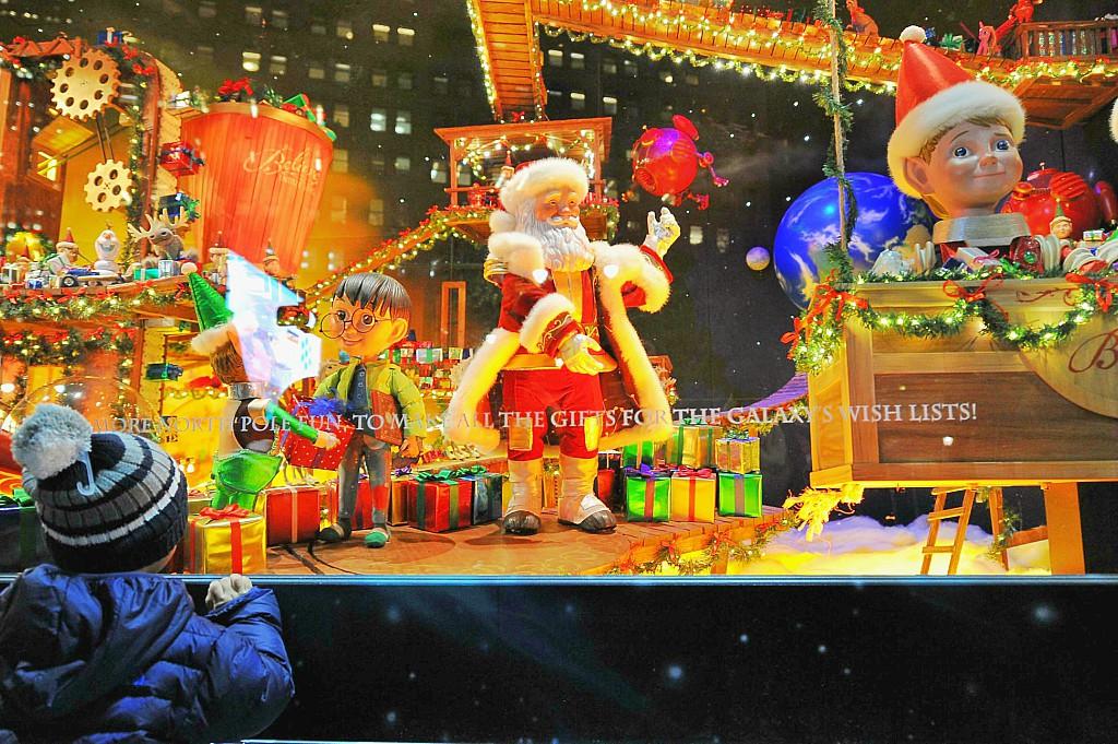 Addobbi Natalizi Giganti.La Magia Del Natale A New York Viaggiamondo